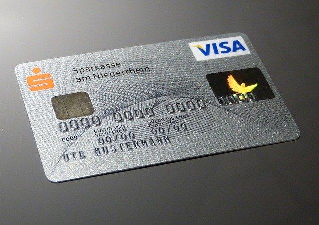 Kreditná karta- áno či nie?